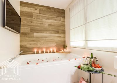 Interior Home Staging jacuzzi baño 2