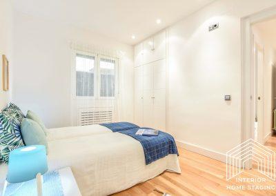 Interior Home Staging Chamberi dormitorio azul 4